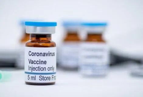 """新冠疫苗""""新贵""""mRNA"""